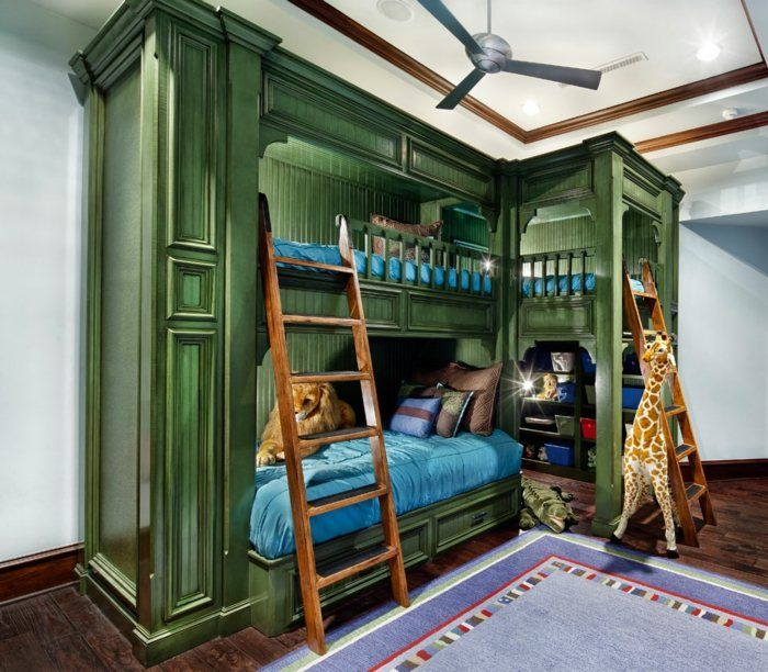 hochbett im kinderzimmer mit platz f r drei personen. Black Bedroom Furniture Sets. Home Design Ideas