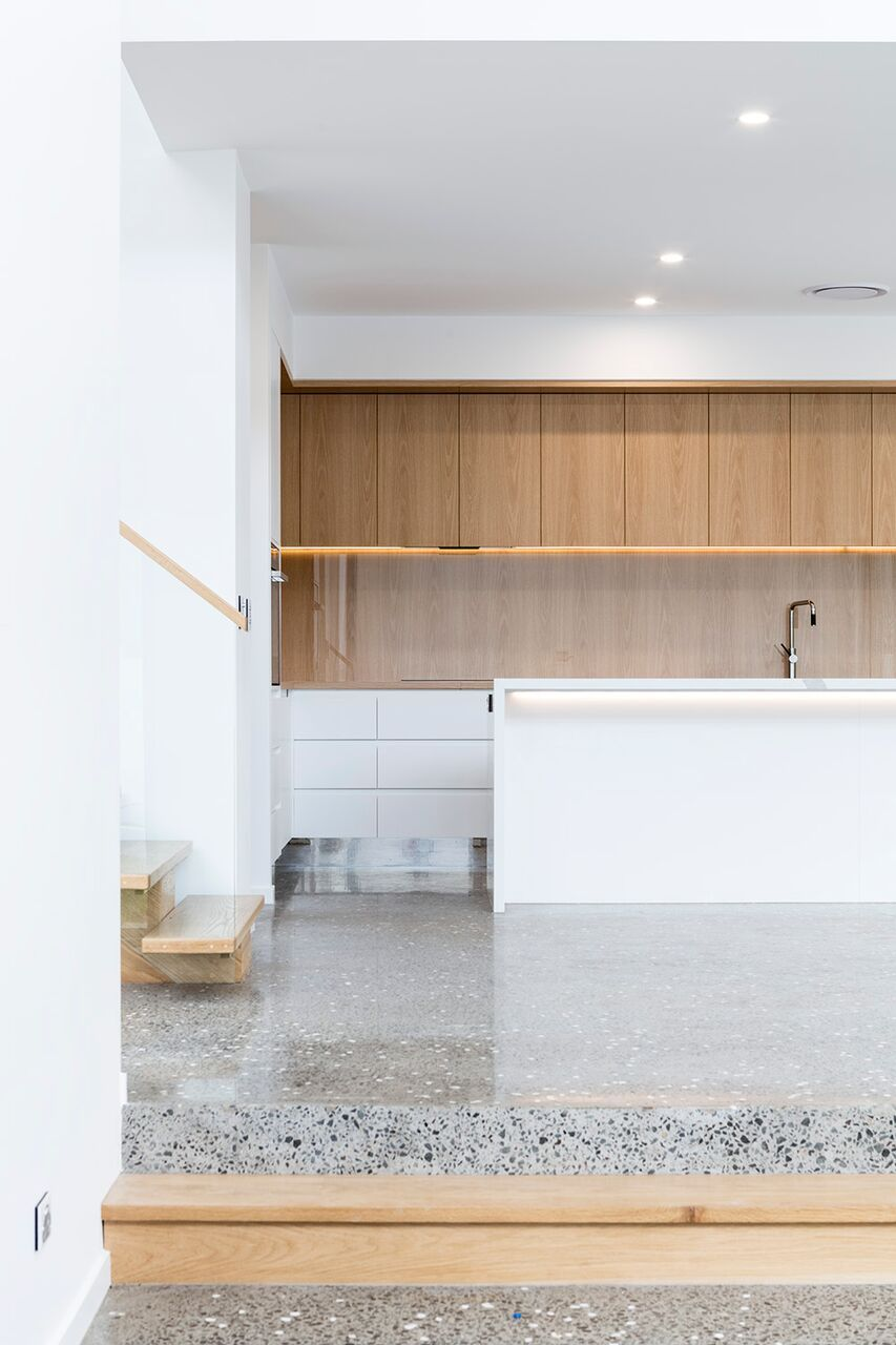 Modern kitchen space by Immackulate Designer Homes. Yaroomba Project ...