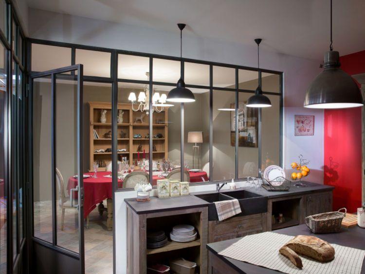 Une verrière esprit atelier d\'artiste | Cuisine, Atelier and Interiors
