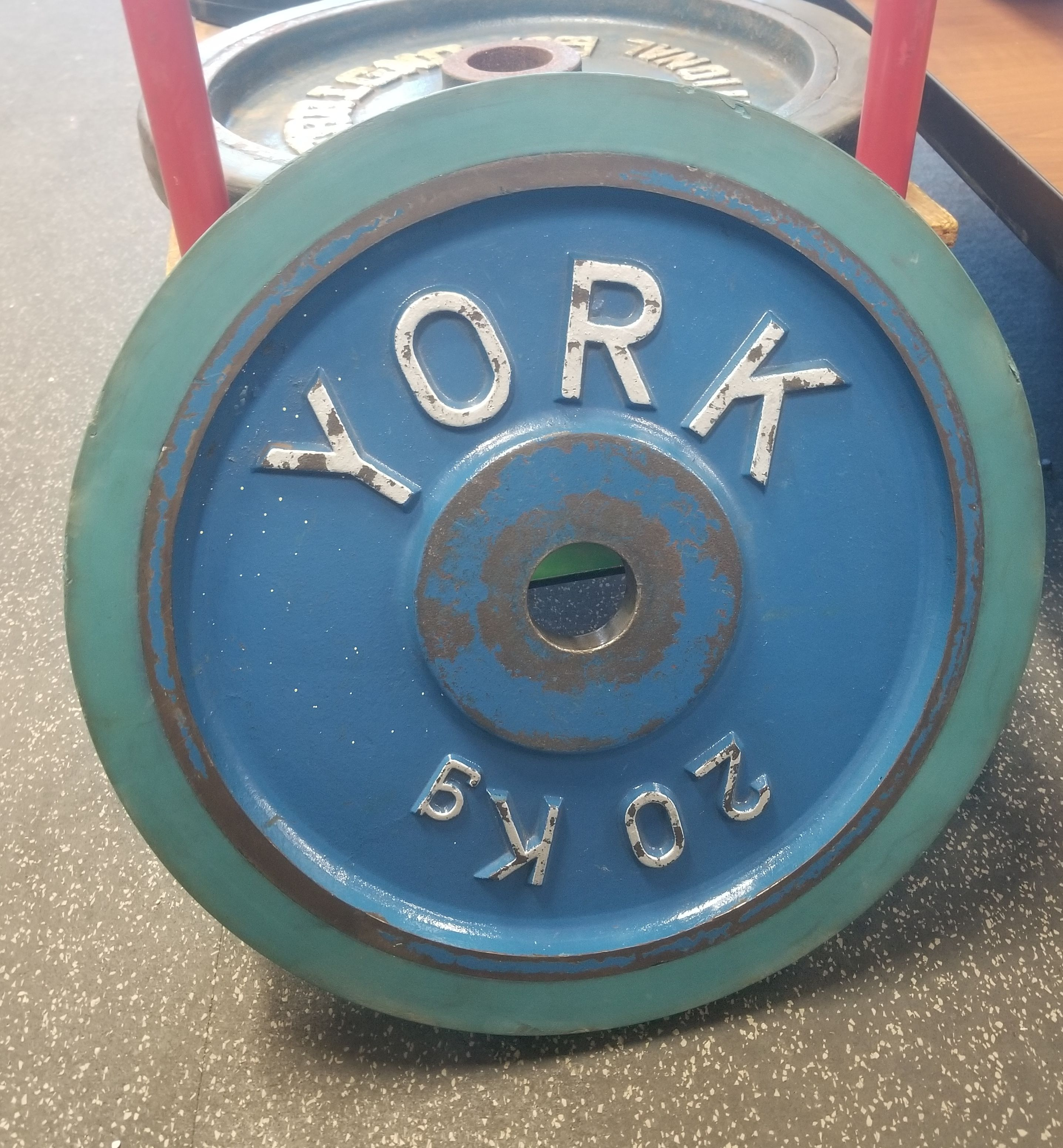 York Barbell Vintage 20kg Olympic Steeel Bumper Plate Squat Rack No Equipment Workout Olympics