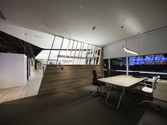 Swiss bureau new head offices projects swiss bureau interior design dubai united