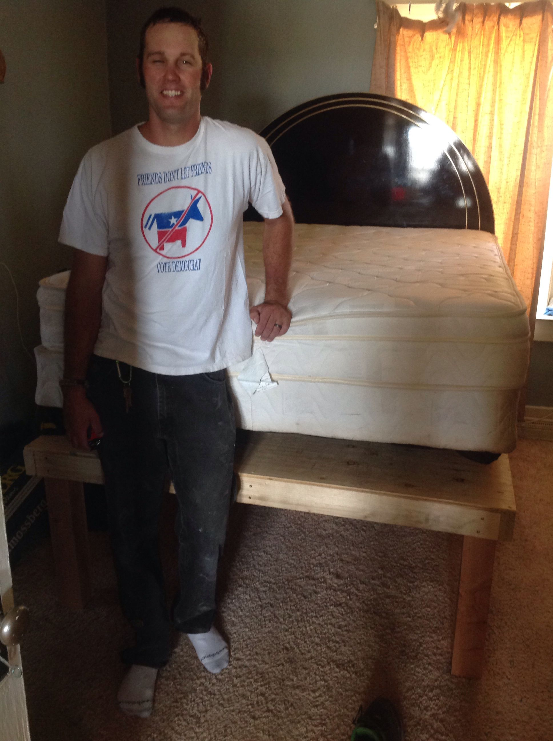 4x4 Wood Crafts Diy Bed Riser Out Of 4x4s 2x4s 3 8in Ply Wood This Is Really
