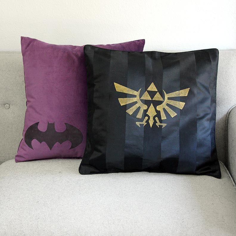 DIY Geek Home Decor: Geek Pillows! Batman, Legend Of Zelda.