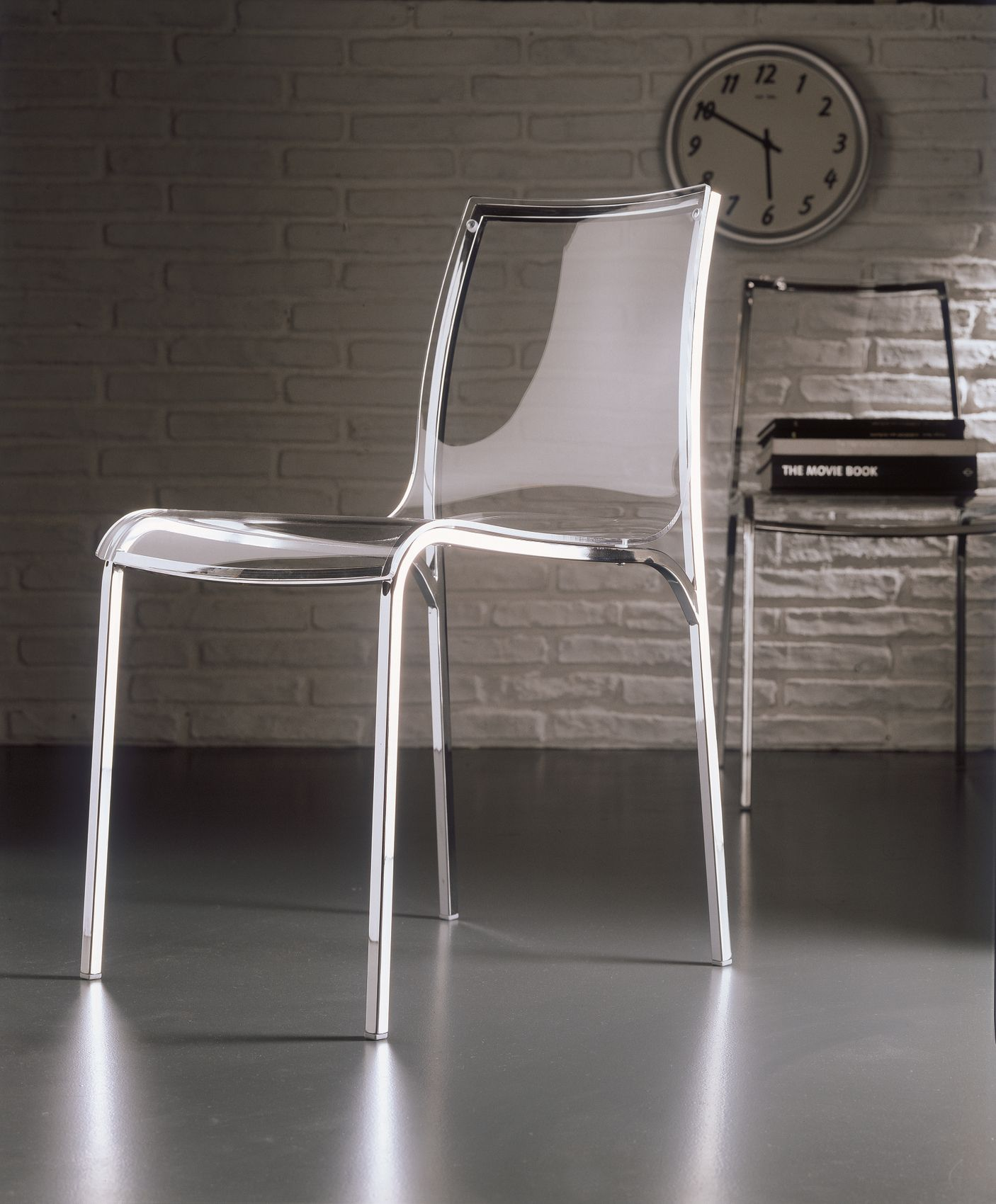 Acrylic glass chair YOGA by Bontempi Casa design Daniele Molteni