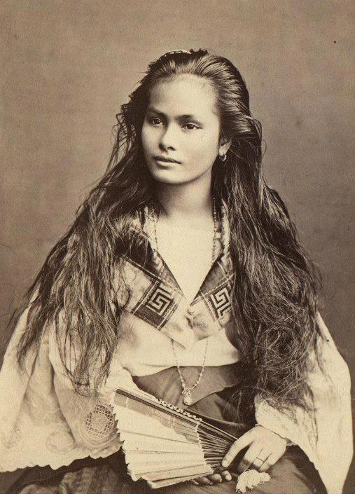Mestiza-de-Sangley woman, 1875