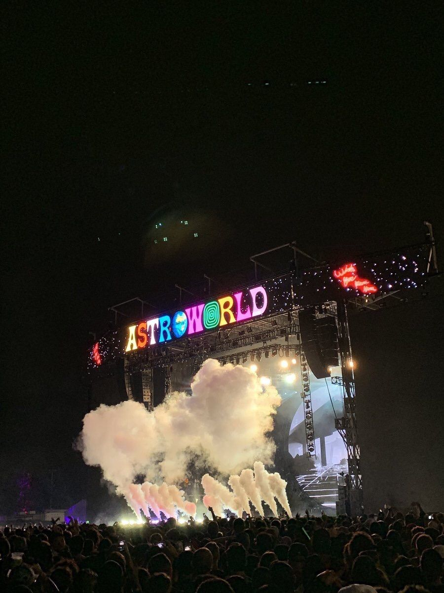 Shared By Find Images And Videos About Theme Concert And Travis Scott On We Hear In 2020 Travis Scott Iphone Wallpaper Travis Scott Wallpapers Art Collage Wall