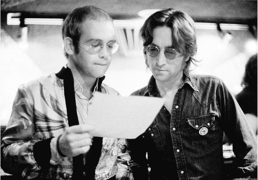 John Lennon with Elton John   John lennon and yoko, John lennon beatles, Elton john