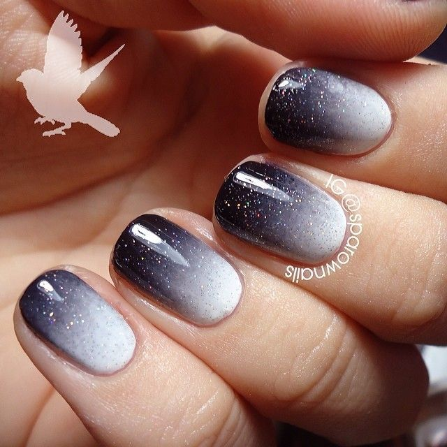 White And Black Sparkle Ombre Nail Art Design Nail Art Ombre Grey Nail Designs Ombre Nails