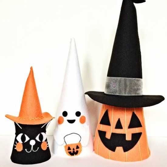 Make these cute Halloween felt cone friends to decorate the home or - how to decorate home for halloween