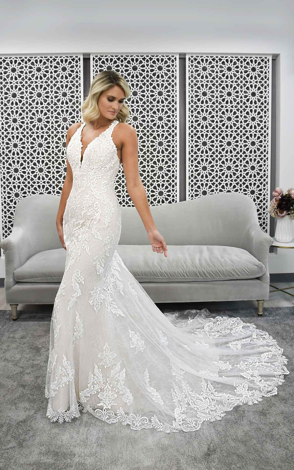 Lace Halter Wedding Dress With Back Detail Stella York Wedding Dresses York Wedding Dress Fitted Lace Wedding Dress Stella York Bridal [ 1595 x 1000 Pixel ]