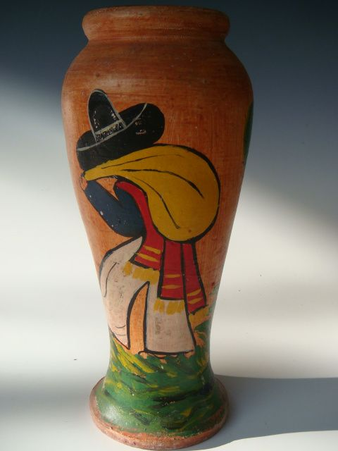 Vintage Early California Mexican Themed Bauer Vase Just In At
