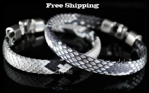 Gift for her Black stars bracelet Statement bracelet Gothic jewelry Black bangle Skin freindly jewelry Black bracelet