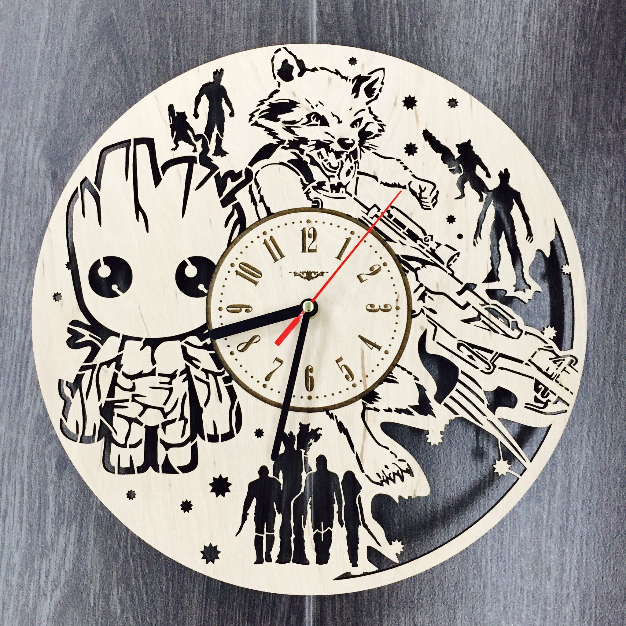Guardians Of Galaxy Wall Wood Clock 31 99 Size 12 In 30 Cm Really Cool Gift And Unique Home Decoration Can Be Persona Wood Clocks Clock Comics Wall Art