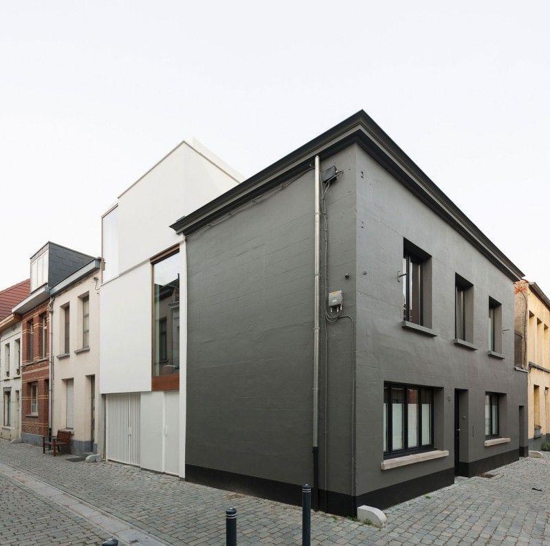 Jolie façade!! Photo Artisan-Couvreur-Zingueur-Peinture-Façade image - peindre une facade de maison