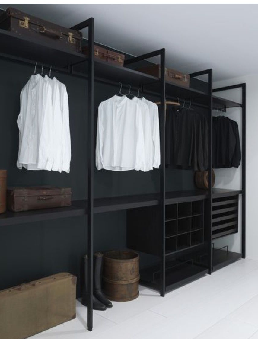 Superbe Masculine Closet With Iron Structure.