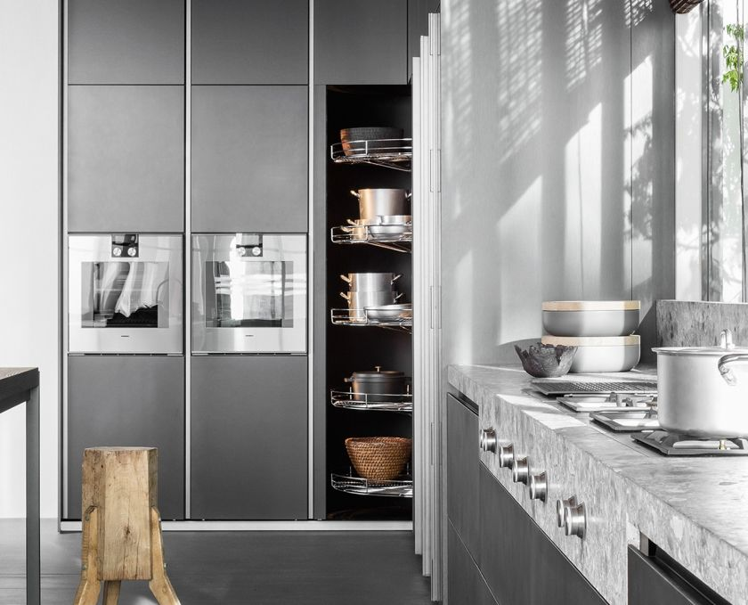 Dada vvd kitchen designed by vincent van duysen revolving column italian design