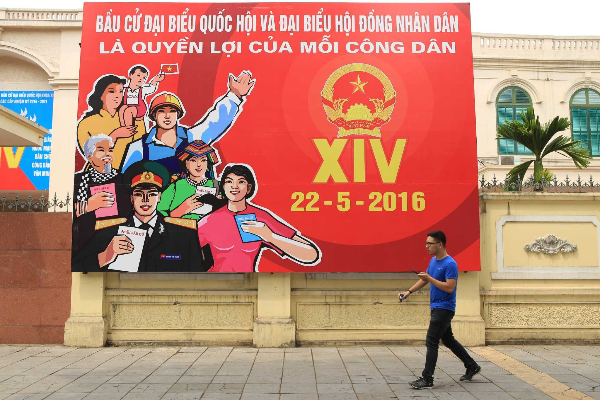 Vietnam votes for rubber-stamp assembly ahead of Obama visit #iNewsPhoto