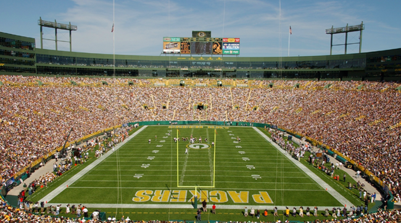I Just Want To Meet The Packers At Lambeau Field Green Bay Packers Game Lambeau Field Green Bay Packers