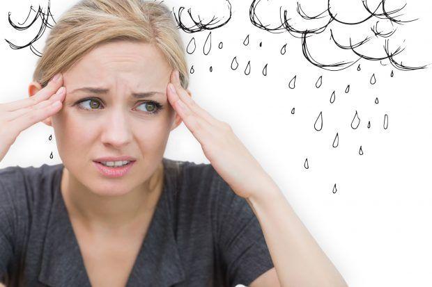 頭が痛くて辛いツボに食べ物薬を飲む前に試したい頭痛の治し方