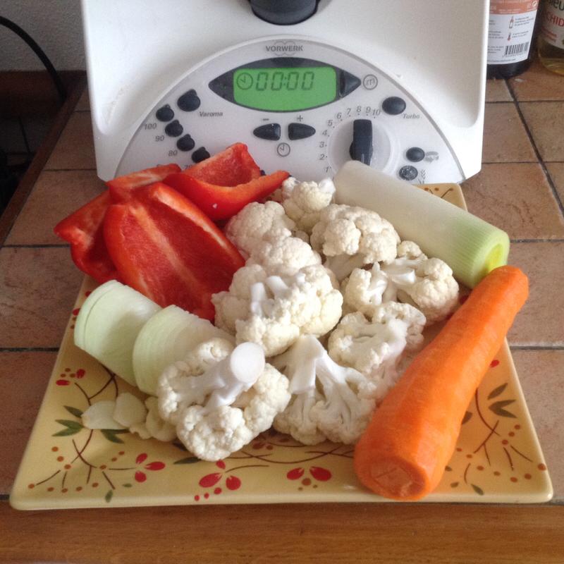 #crockpot soup #detox #easy soup #Lunivers #Matebe #potato soup #soup healthy #soup recipes #soupe #soupe froide #soupe legumes #soupe minceur #soupe potimarron #Thermomix #soupedetoxminceur