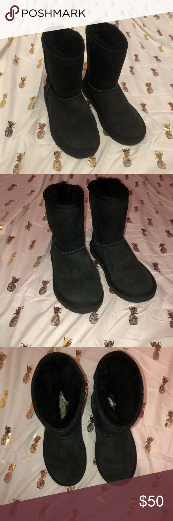 Girls classic black UGGs! Girls size 2 In very good condition! Classic original uggs  Perfect for cold fall and winter! Plus they are so cute!! UGG Shoes Boots #uggbootsoutfitblackgirl