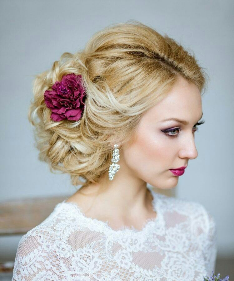 Pin By Johanna Hoareau On Mariage Wedding Hairstyles Bridal Hair Loose Hairstyles