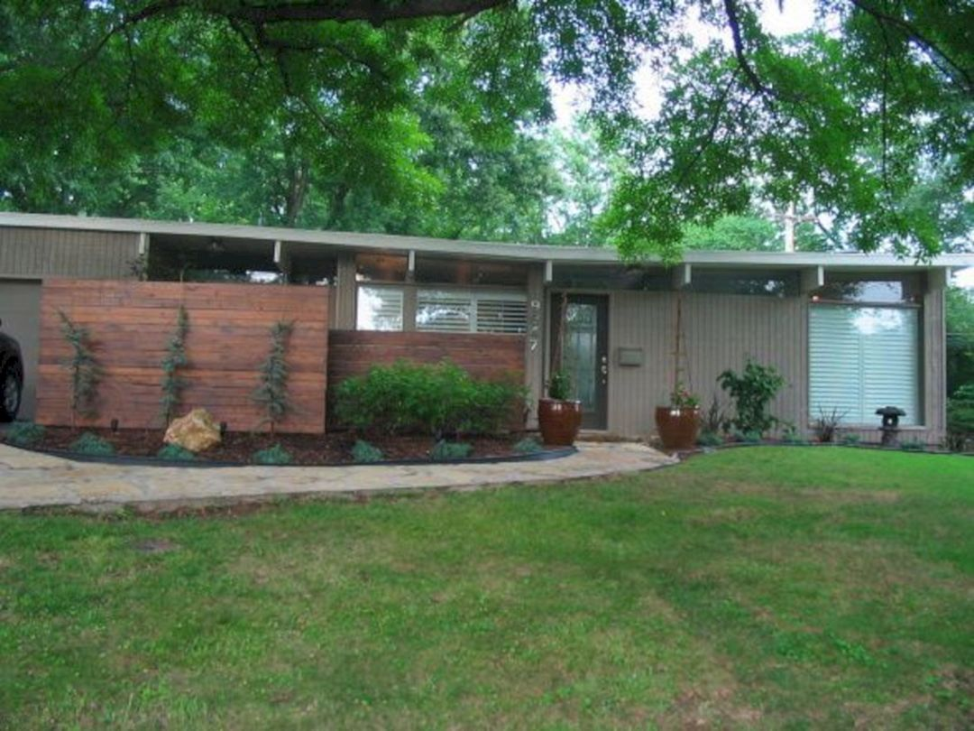 10 The Most Favorite Mid Century Modern Exterior Home Design With
