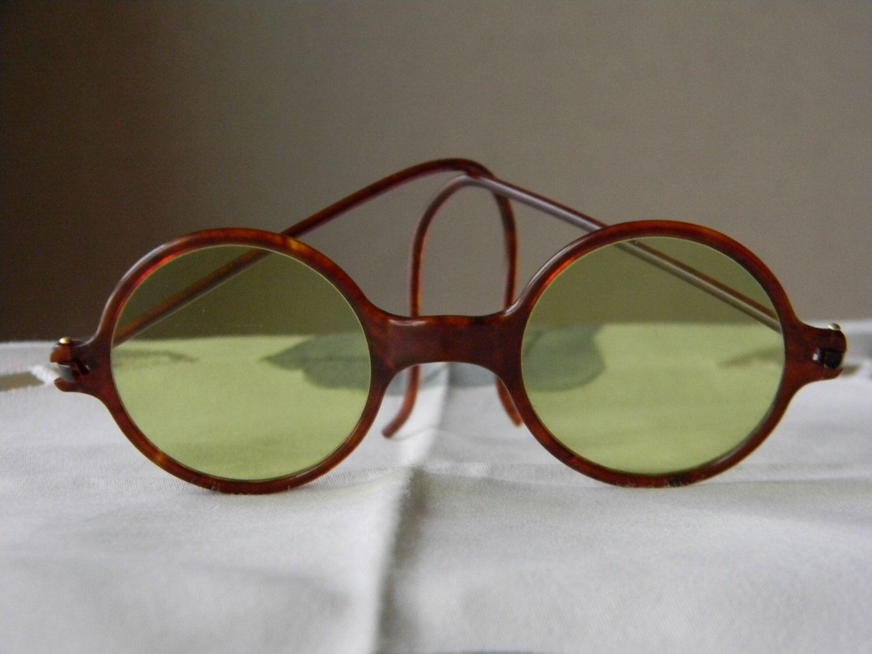 11fd2d939cb4 True Vintage Rare Old Plastic Bakelite Round Sunglasses 1920 s Green  Lenses.Made in England.