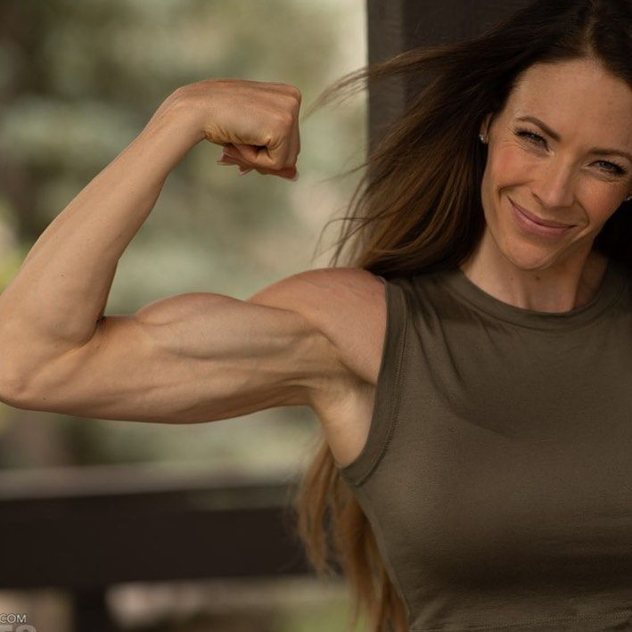 #always  #strong  #flexfriday  #biceps  #muscles  #health  #fitness  #fitfam  #change  #stronger ......