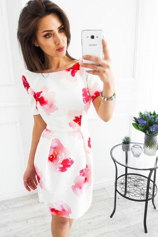 360113d897 Biała sukienka w czerwone kwiaty z dekoltem na plecach