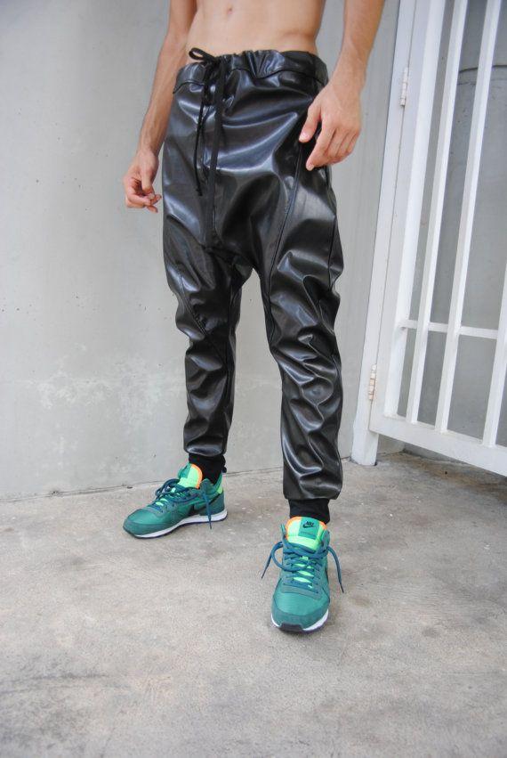 black leather drop crotch harem pants mens leather par gagthreads leder pinterest leder. Black Bedroom Furniture Sets. Home Design Ideas