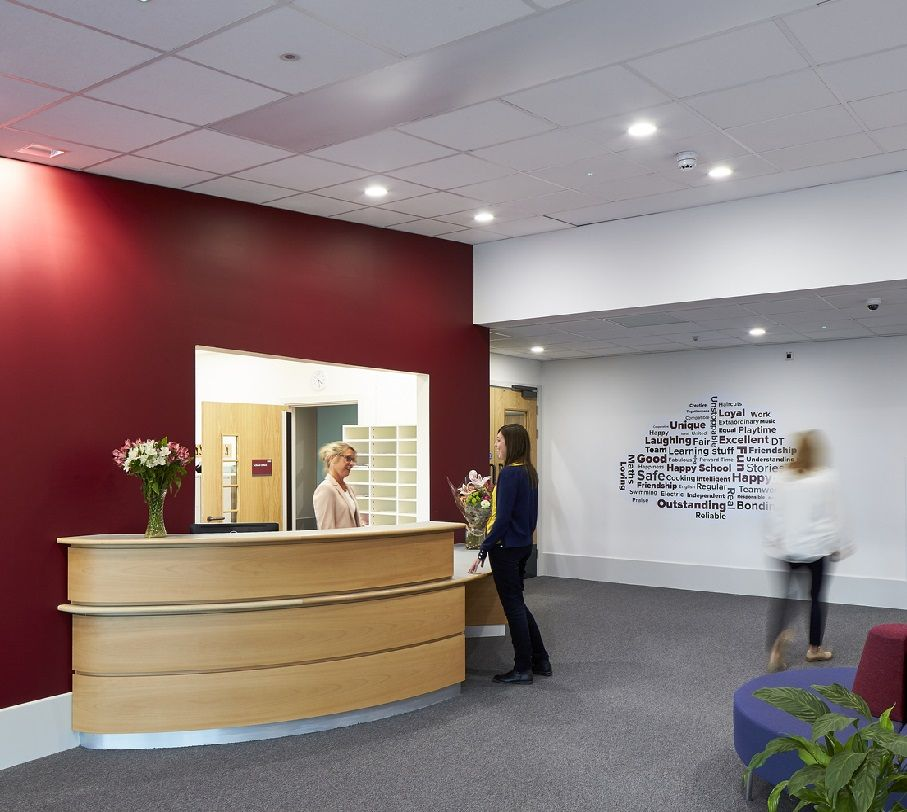Office Receptiondesign: Interior Design School, Reception