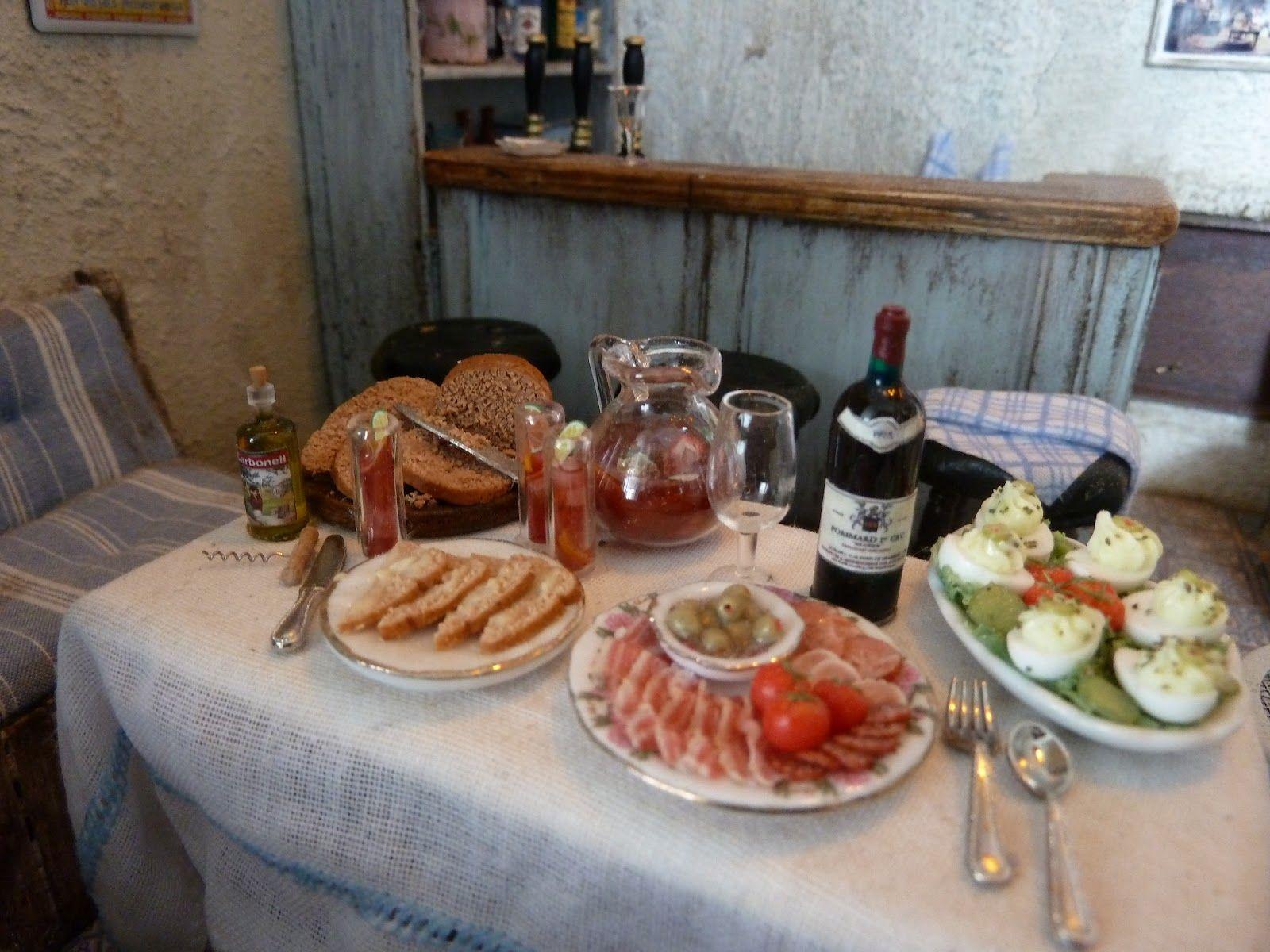 "lotjesdollshouse: The Restaurant ""Chez Lotje"" is open"