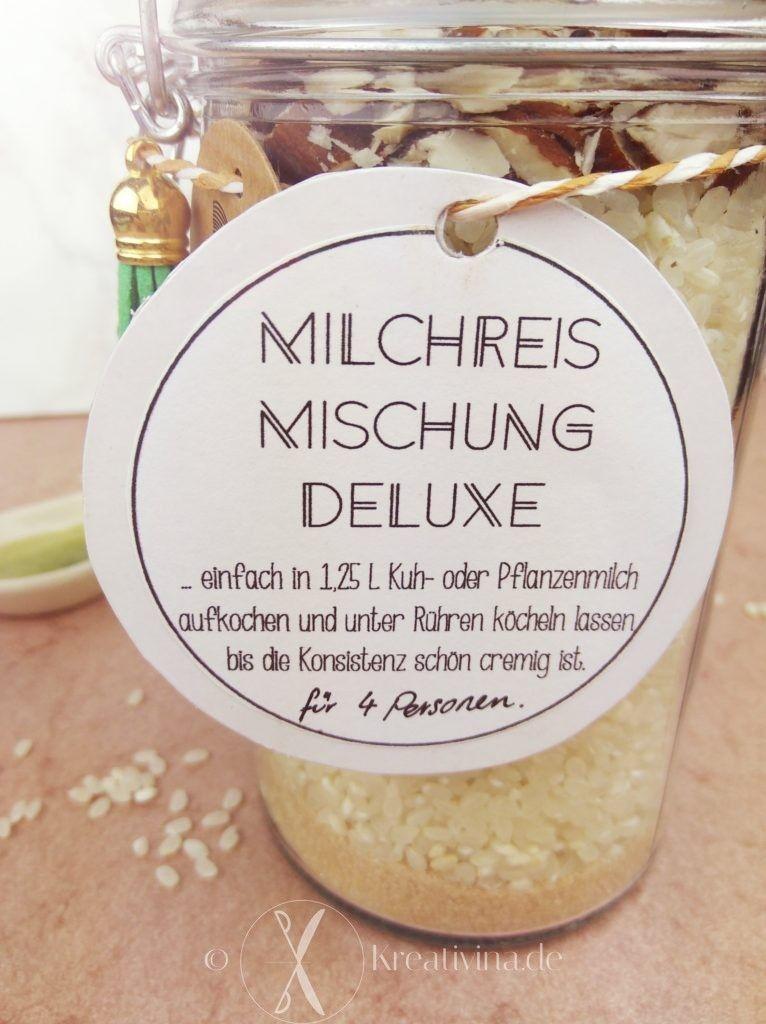 Milchreis-Mischung im Glas