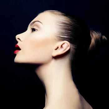 10 Natural Tips To Get Younger Looking Neck