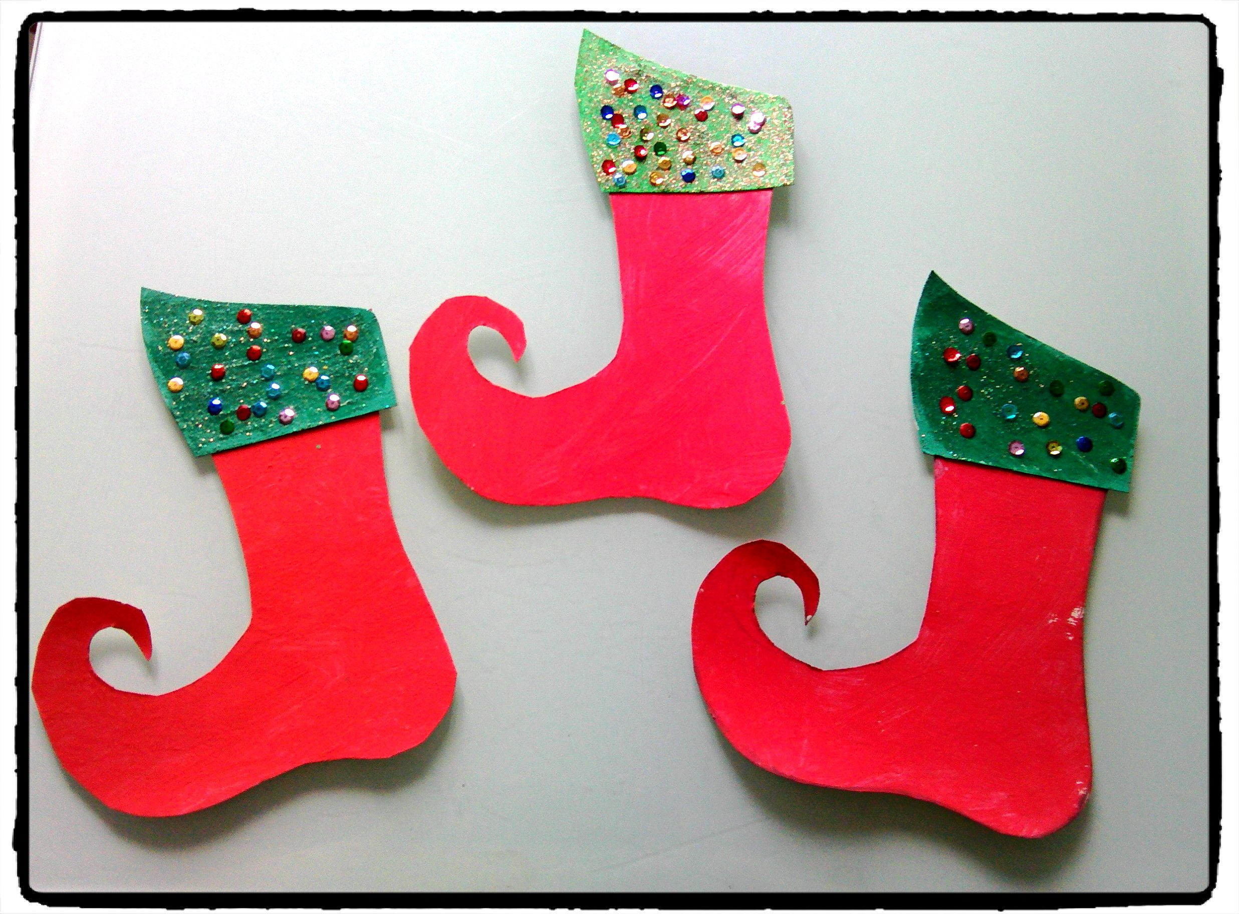 bottines de lutins bricolage de noel activit s enfants. Black Bedroom Furniture Sets. Home Design Ideas