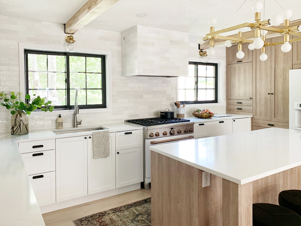 Beautiful And Functional Kitchen With Chris Loves Julia S Cove Shaker In 2020 Functional Kitchen Chris Loves Julia New Kitchen