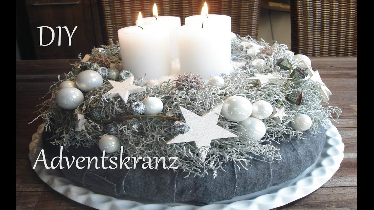 diy adventskranz in wei just deko bastelvideo. Black Bedroom Furniture Sets. Home Design Ideas