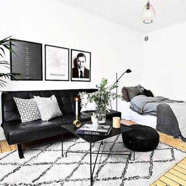 Svart Pantern bäddsoffa, soffa, compact living, möbler, inredning, fuskskinn, skinn, stål, ben