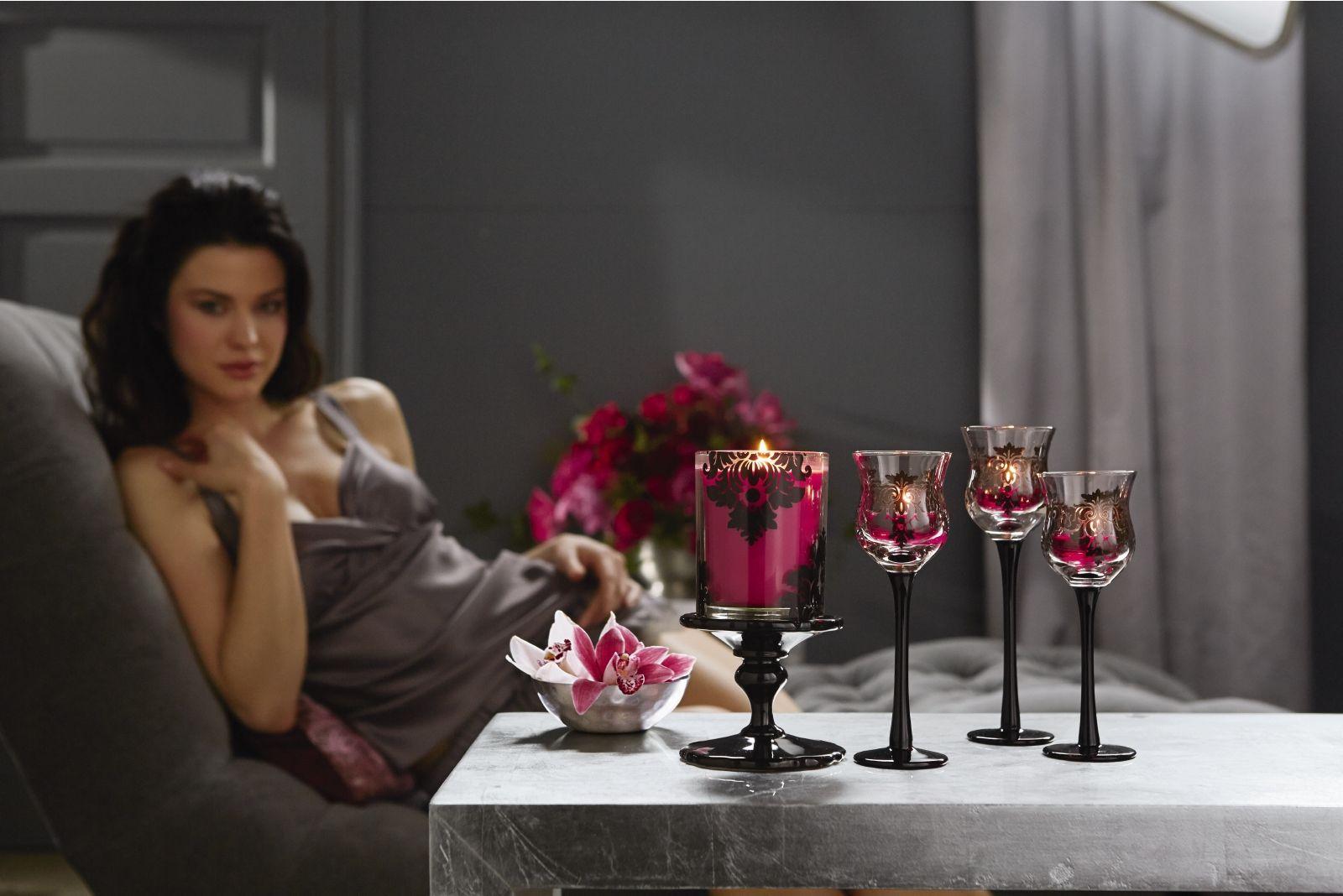 duftwachsglas forbidden fruits by partylite feuriger granatapfel duftwachsglashalter secrets. Black Bedroom Furniture Sets. Home Design Ideas