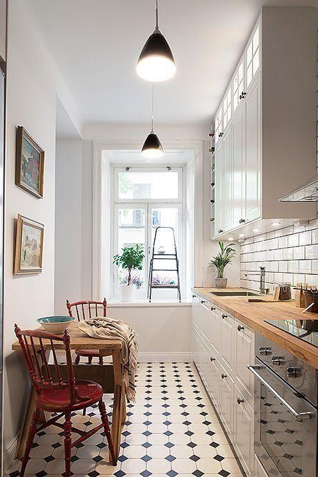 cocinas alargadas trucos para evitar el efecto pasillo - Cocinas Alargadas Y Estrechas