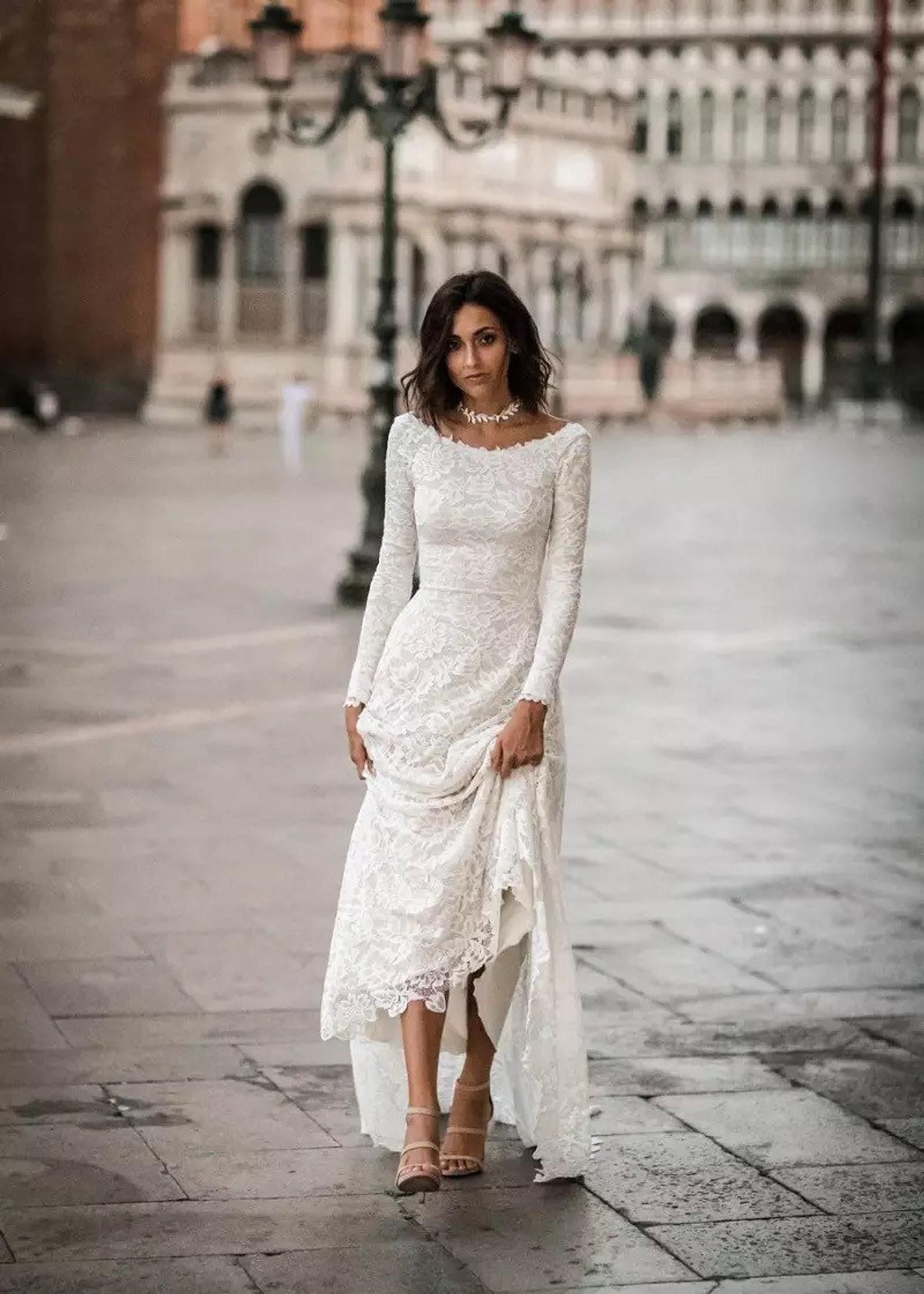 These Victoria Soprano Wedding Dresses Will Make You Swoon 2019 Love In Paris Bridal Collection Wedding Inspirasi Aline Wedding Dress Best Wedding Dresses Wedding Dresses Lace [ 1485 x 900 Pixel ]