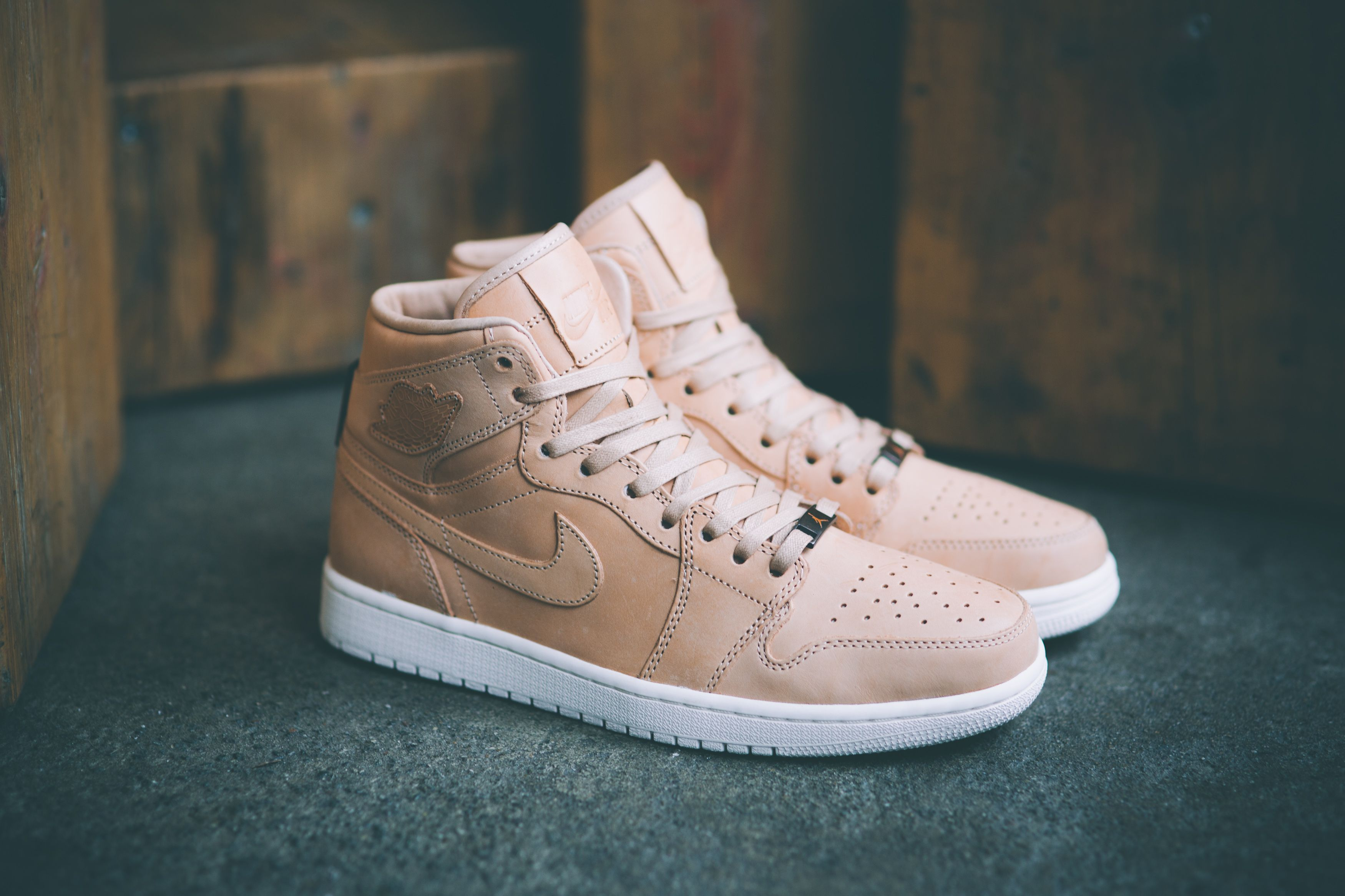 Air Jordan 1 Vachetta Tan Pinnacle