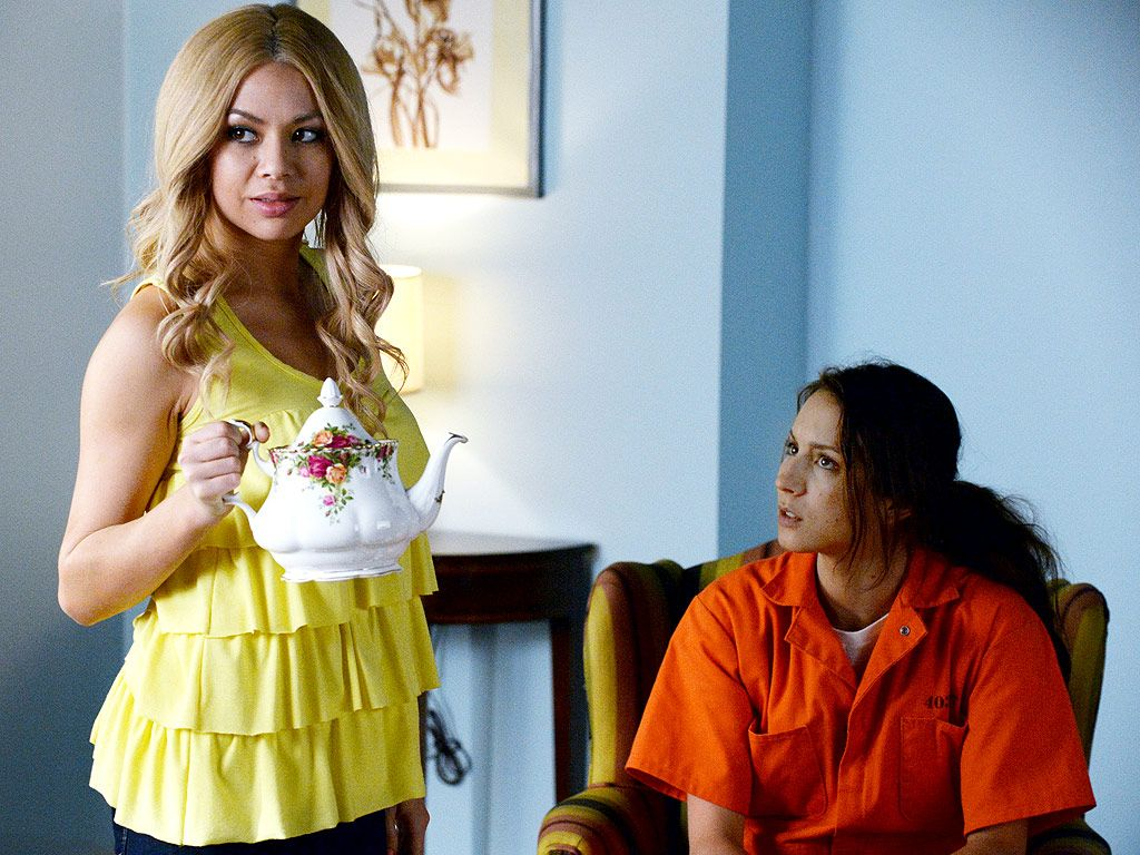 Pretty little liars quot recap 6 01 escape from the dollhouse page 7 - Pll Janel Parrish Says Charles Will Punish The Liars In Season 6 Http