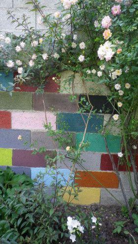 Mur De Parpaings Rien De Plus Banal Dans Nos Jardins Très