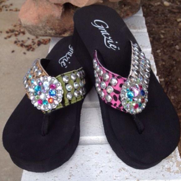 cef92098c Shoes - Bold Grazie flip flops.