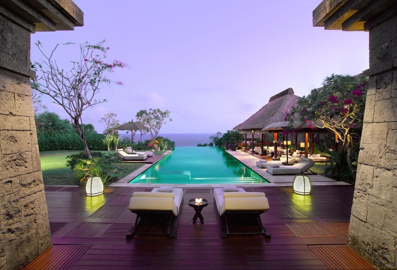 افضل 5 فنادق في جزيرة بالي اندونيسيا الموصى بها لعام 2018 Bulgari Resort Bali Bali Resort Luxury Villa Design