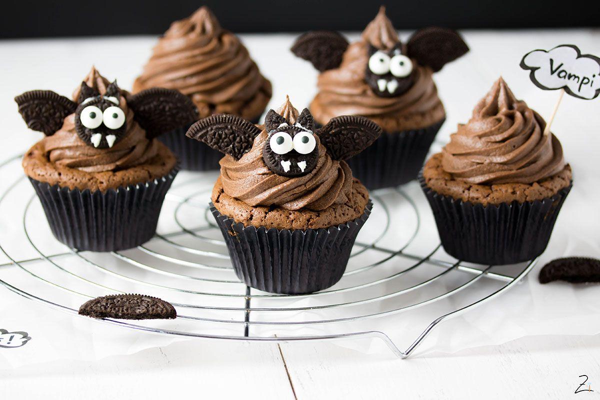 Vampi Cupcakes mit Schokoladenganache für Halloween