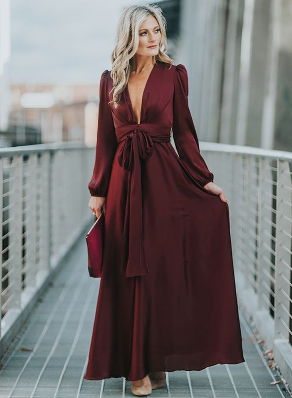 34 The Best Winter Wedding Guest Outfit Ideas To Keep Warm