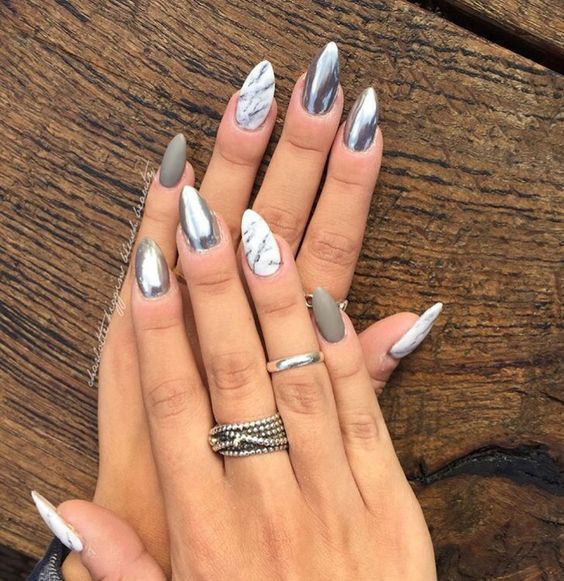 45 Simple Acrylic Almond Nails Designs For Summer 2018 | Pinterest ...